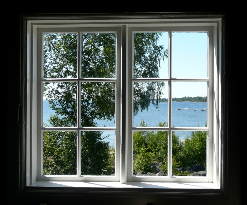 Source: https://frenchremodelingandfurniture.files.wordpress.com/2013/06/replacement-windows-lake-quivira.jpg
